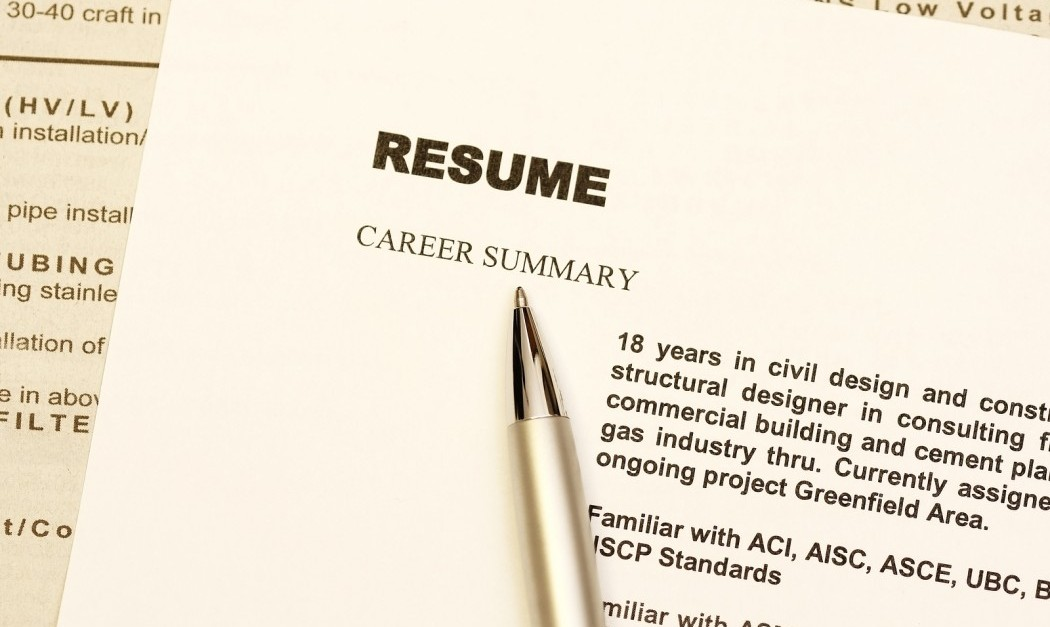 8 essential tips to make your resume stand out from the rest