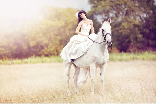 bride ride white horse