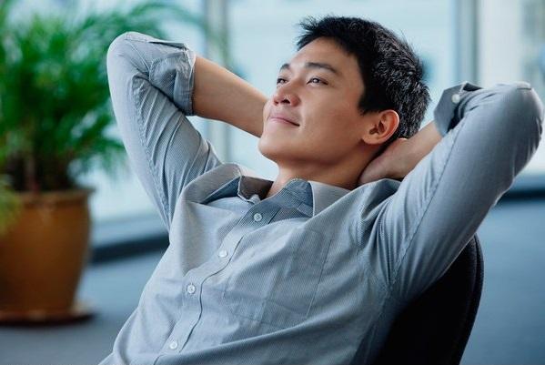 asian-man-relaxing